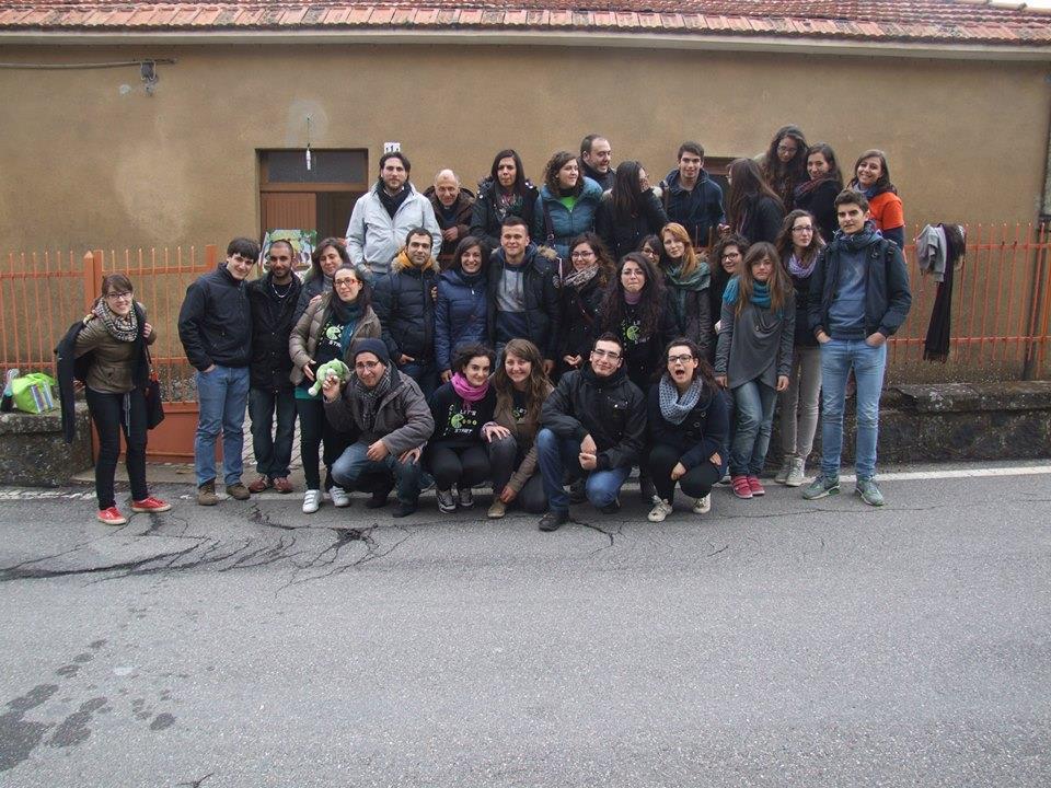 Educatori ACR e giovani:un incontro speciale alla fontana