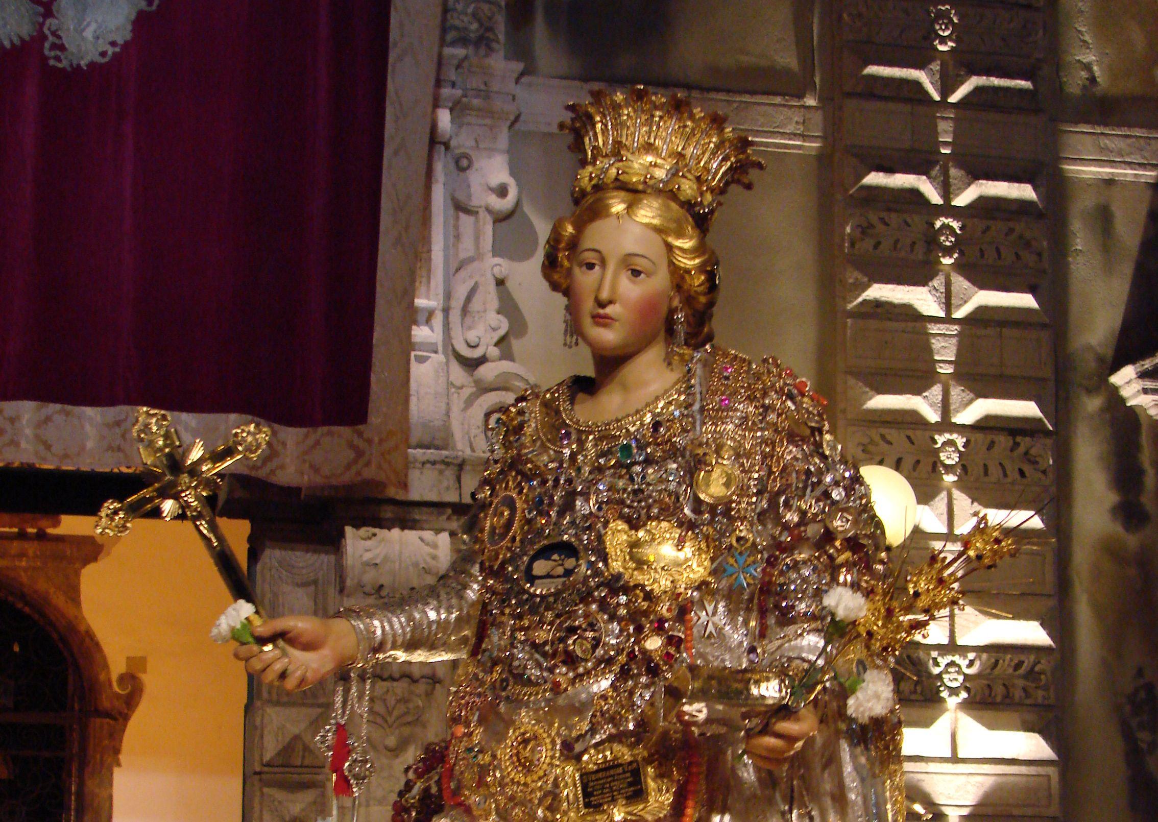 Accoglienza della processione della Santa Patrona