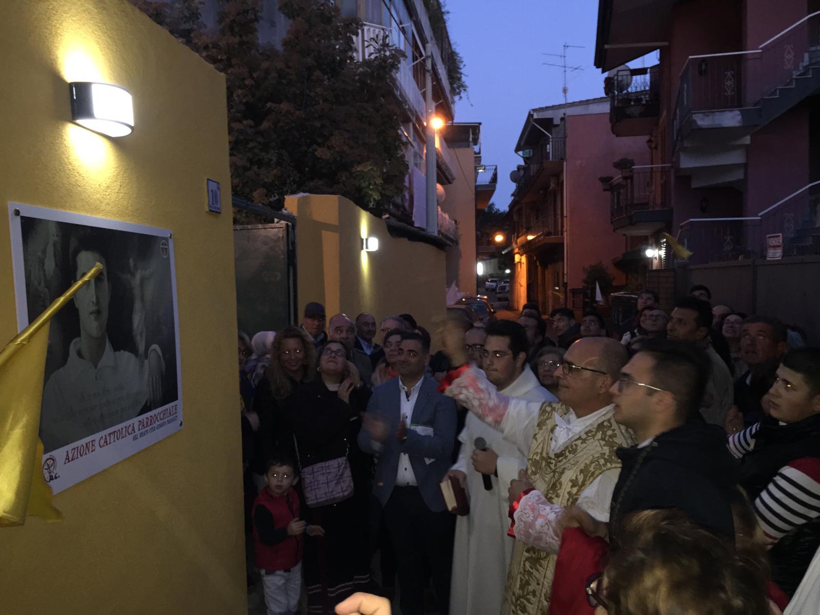 Intitolazione del cortile Parrocchiale di Aci San Filippo al Beato Pier Giorgio Frassati